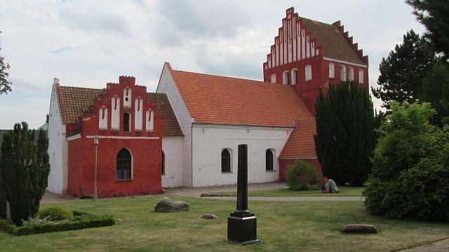 Hørby Kirke. Foto: HolbækGuiden.dk.
