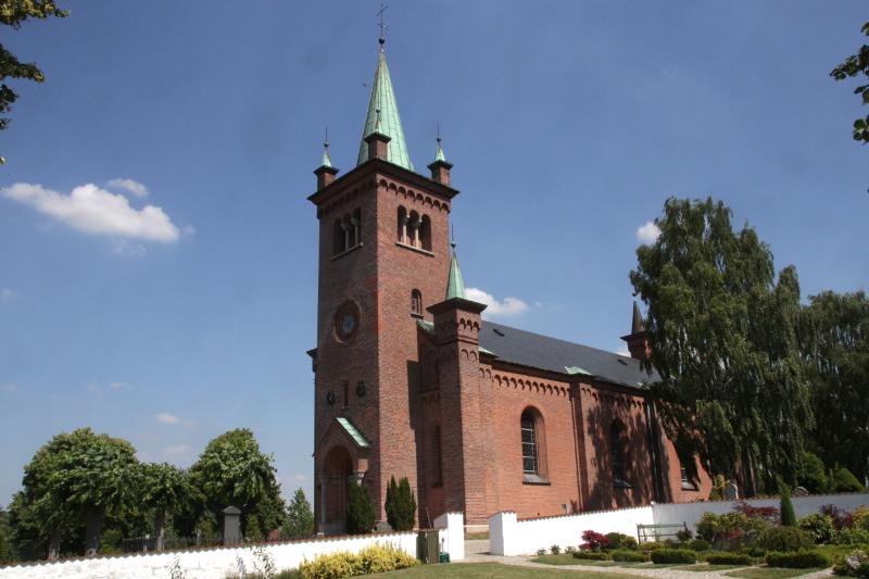 Ugerløse Kirke. Foto: HolbækGuiden.dk.
