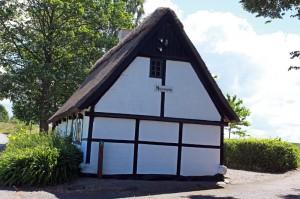 Det lille museum Ourø Minder er indrettet i Orøs gamle fattighus. Foto: Jesper von Staffeldt.