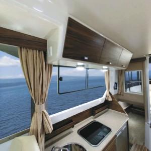 Båden er moderne indrettet. PR Foto.
